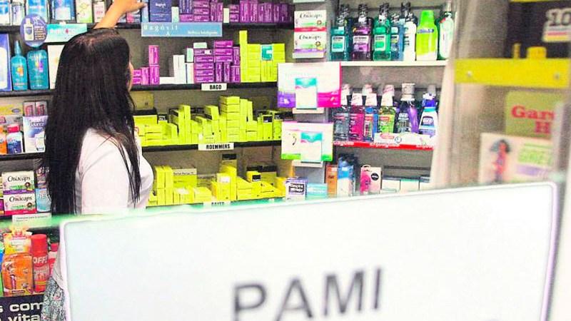 PAMI sigue dividiendo: ahora va por las farmacias
